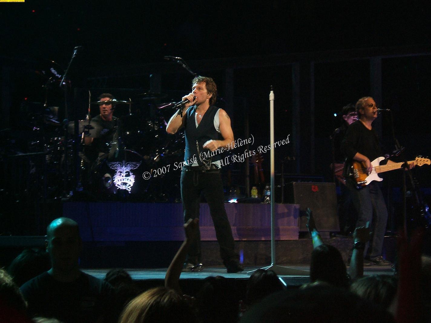 Bon Jovi - Bell Centre, Quebec, Canada (November 14, 2007)